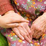 آشنایی با انواع بیماری بی اختیار ادرار و نیاز به پوشک سالمندی